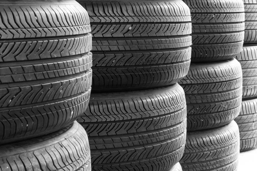 salg af bildæk